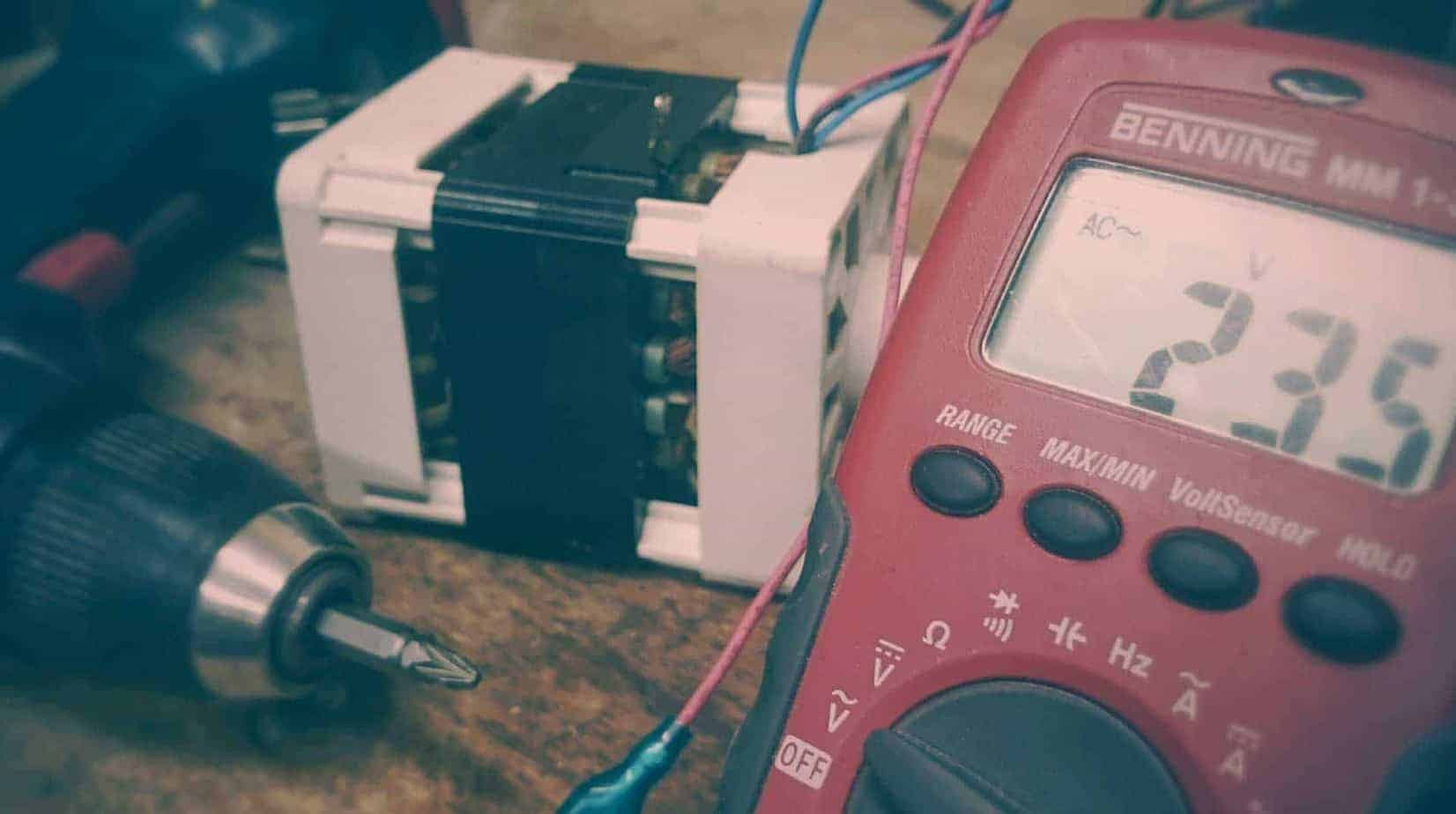 Multimeter and test leads